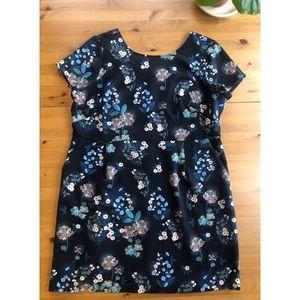 LOFT Plus Floral Dress with Pockets